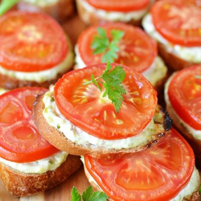 Grilled Crostini with Garlic Scape Cream Cheese and Tomatoes Recipe-How To Make Grilled Crostini with Garlic Scape Cream Cheese and Tomatoes-Delicious Grilled Crostini with Garlic Scape Cream Cheese and Tomatoes