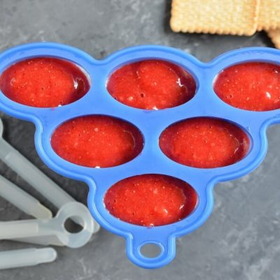 Healthy Strawberry Cheesecake Pops recipe - step 5