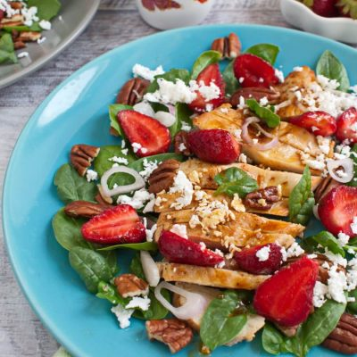 Healthy Strawberry-Chicken Salad with Pecans recipe-Easy Grilled Chicken Salad Recipe with Strawberries-Easy Strawberry-Chicken Salad
