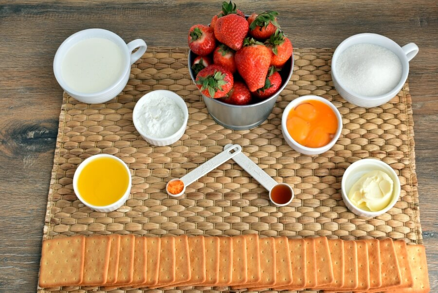 Ingridiens for Healthy Strawberry-Orange Tart