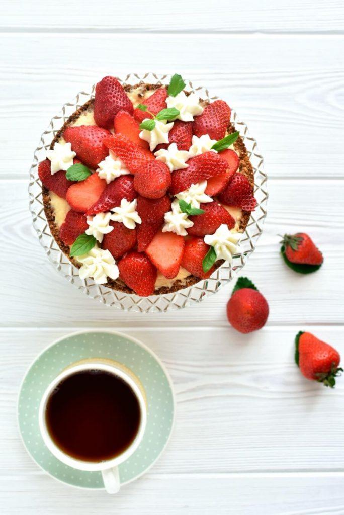 Healthy Strawberry-Orange Tart