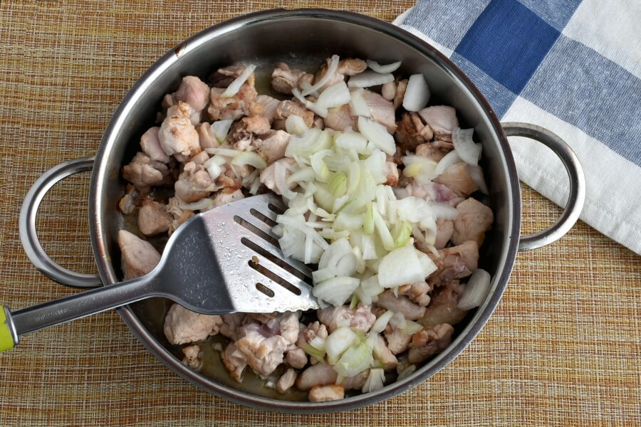 Gluten Free Hearty Chicken Chili with White Beans recipe - step 2