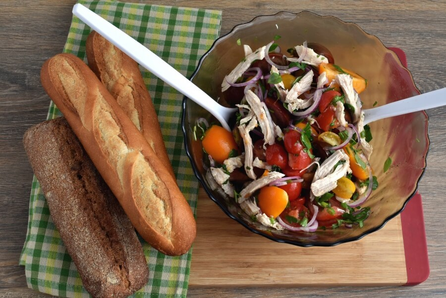 How to serve Heirloom Tomato and Chicken Toss