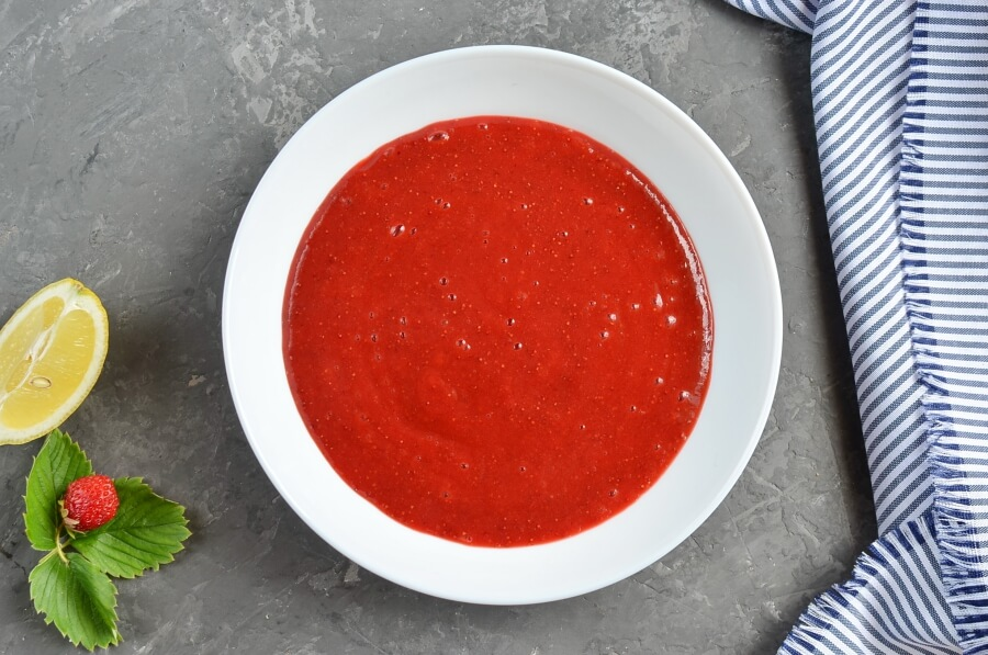 Homemade Strawberry Marshmallows (Zephyr) recipe - step 3