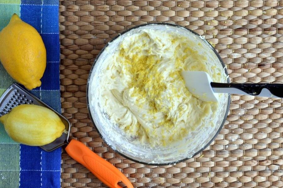 Lemon Drizzle Cake recipe - step 5