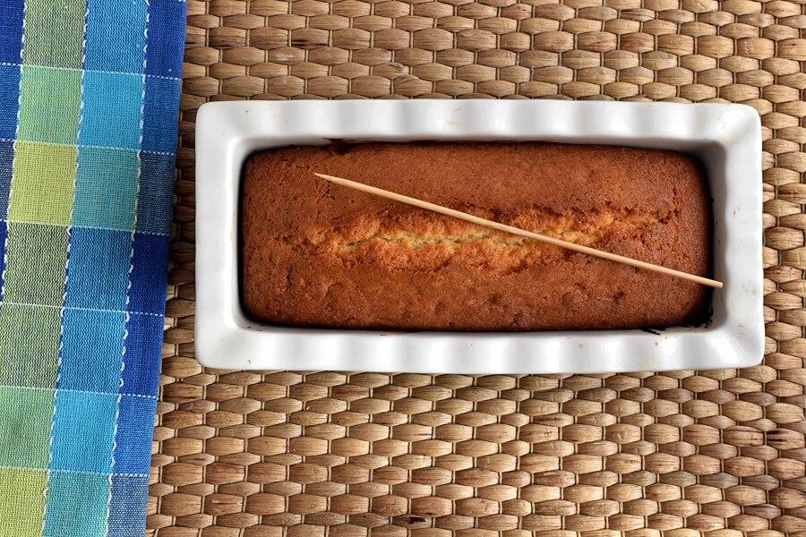 Lemon Drizzle Cake recipe - step 7