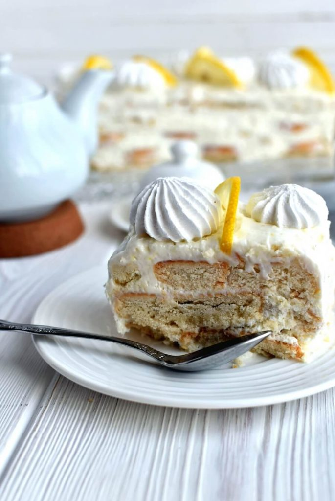 Sweet and Tangy Lemon Cake