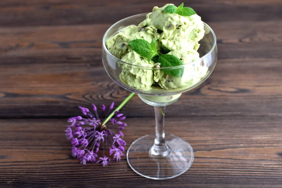 How to serve Keto Low Carb Mint and Chocolate Chip Ice Cream