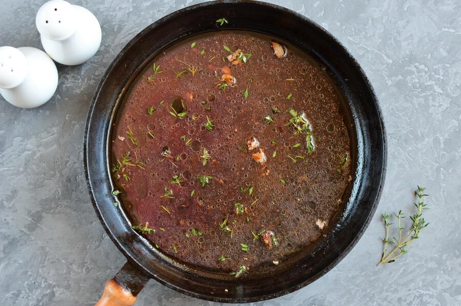 Pork Medallions with Red Wine-Cherry Sauce recipe - step 3