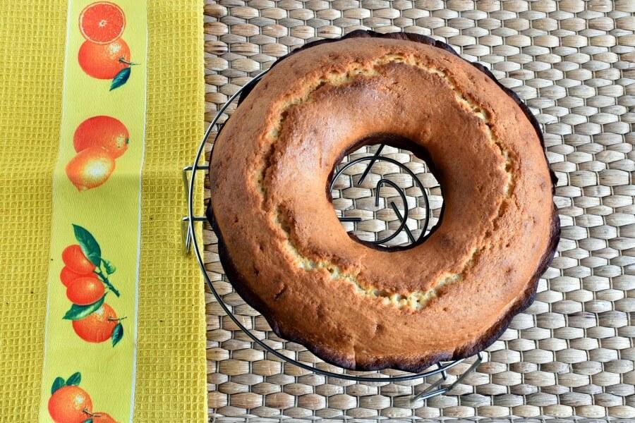 Pound Cake with Strawberry Glaze recipe - step 10