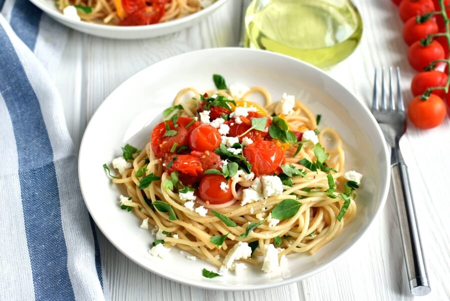 How to serve Roasted Cherry Tomato Sauce with Spaghetti