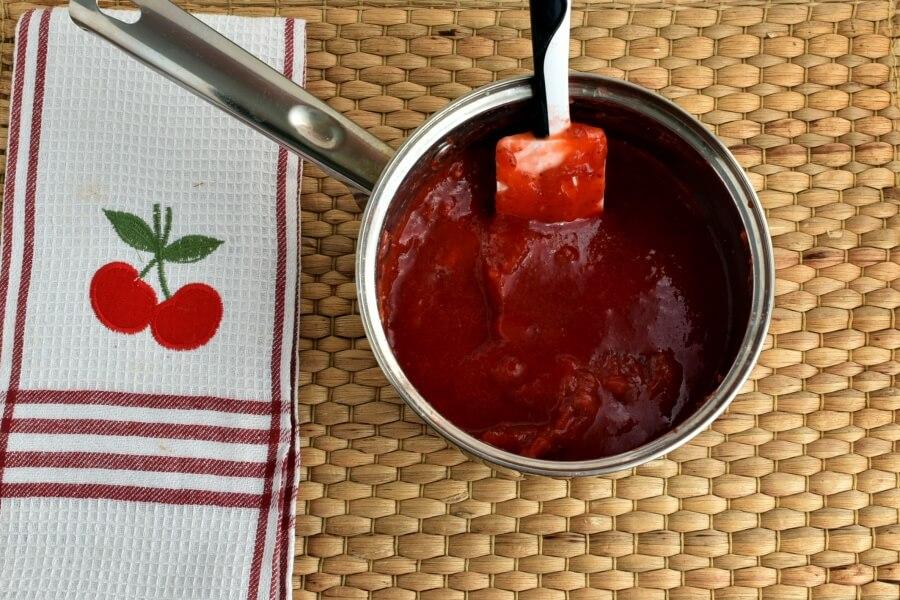 Sky-High Strawberry Pie recipe - step 3