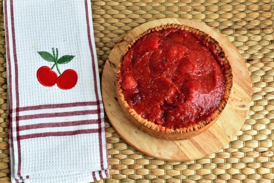 Sky-High Strawberry Pie recipe - step 5