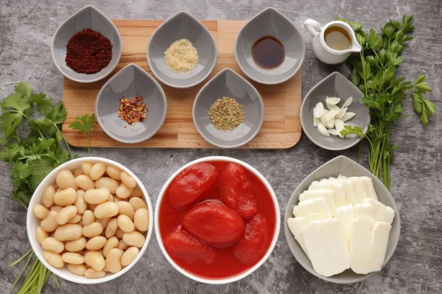 Ingridiens for Smoky Tomato and Halloumi Bake