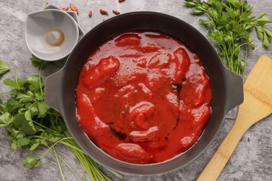Smoky Tomato and Halloumi Bake recipe - step 4