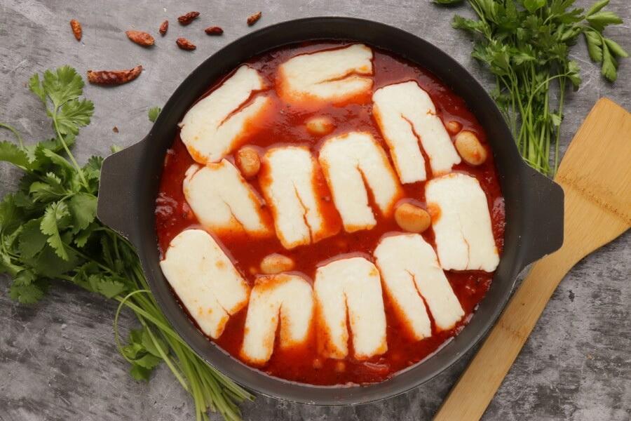 Smoky Tomato and Halloumi Bake recipe - step 6