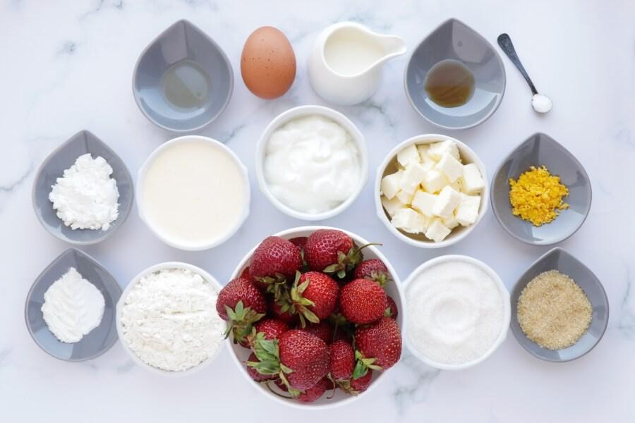 Ingridiens for Strawberry Shortcake Cobbler