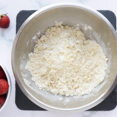 Strawberry Shortcake Cobbler recipe - step 6