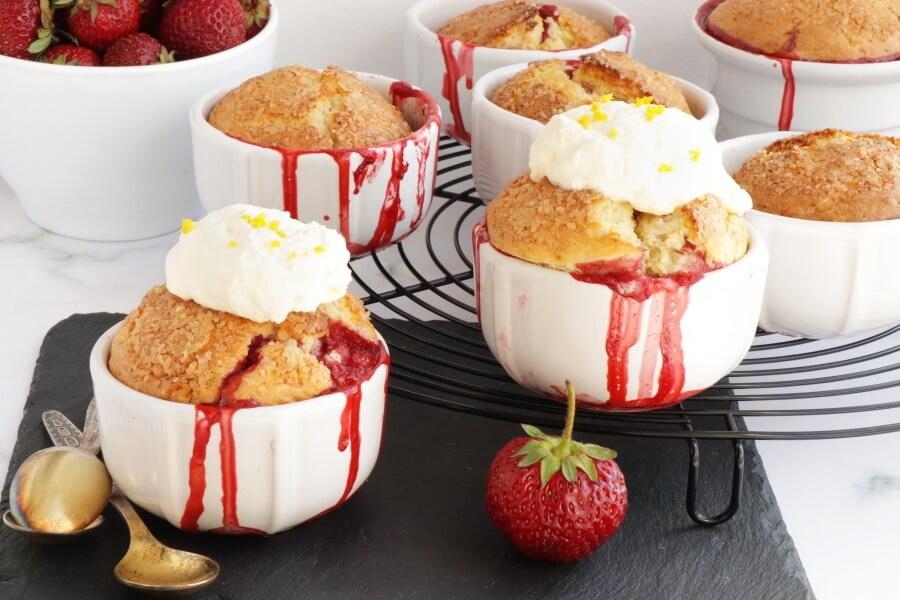 How to serve Strawberry Shortcake Cobbler