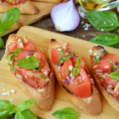 Tomato Bruschetta Recipe-Homemade Tomato Bruschetta-Delicious Tomato Bruschetta