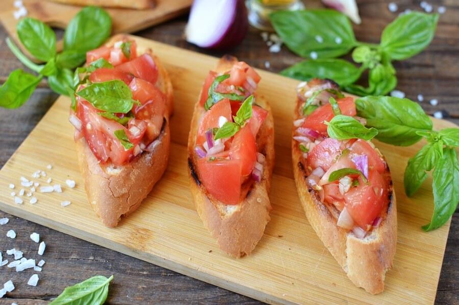 How to serve Tomato Bruschetta