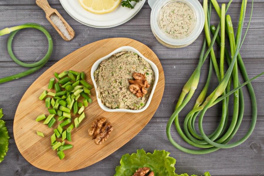 Vegan Garlic Scape Pesto recipe - step 5