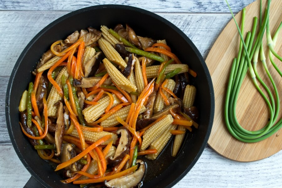 Vegan Stir Fried Garlic Scape recipe - step 5