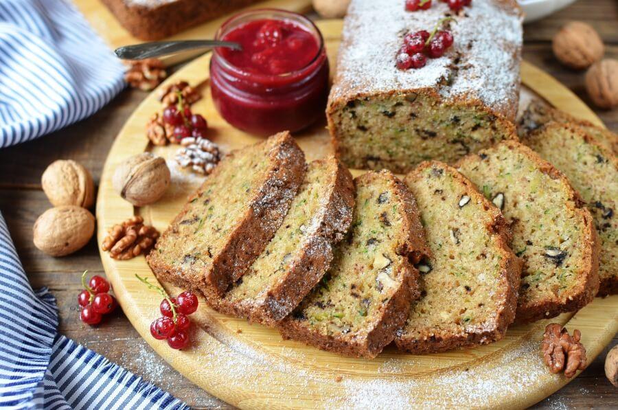 How to serve Zucchini Bread