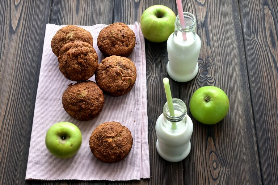 How to serve Apple Zucchini Muffins