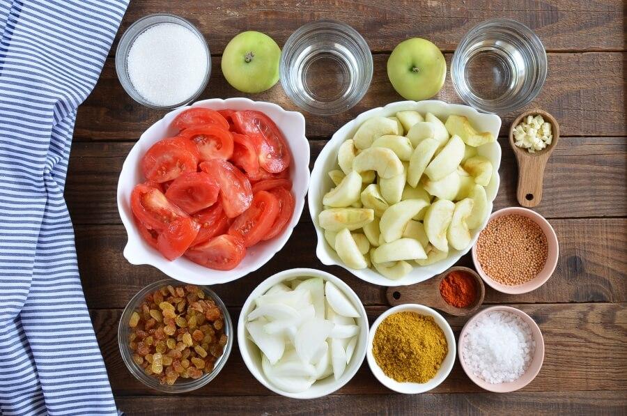 Ingridiens for Apple and Tomato Chutney