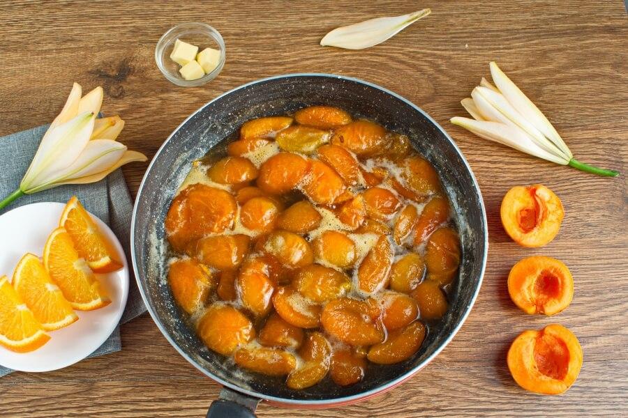 Apricot and Orange Blossom Jam recipe - step 3