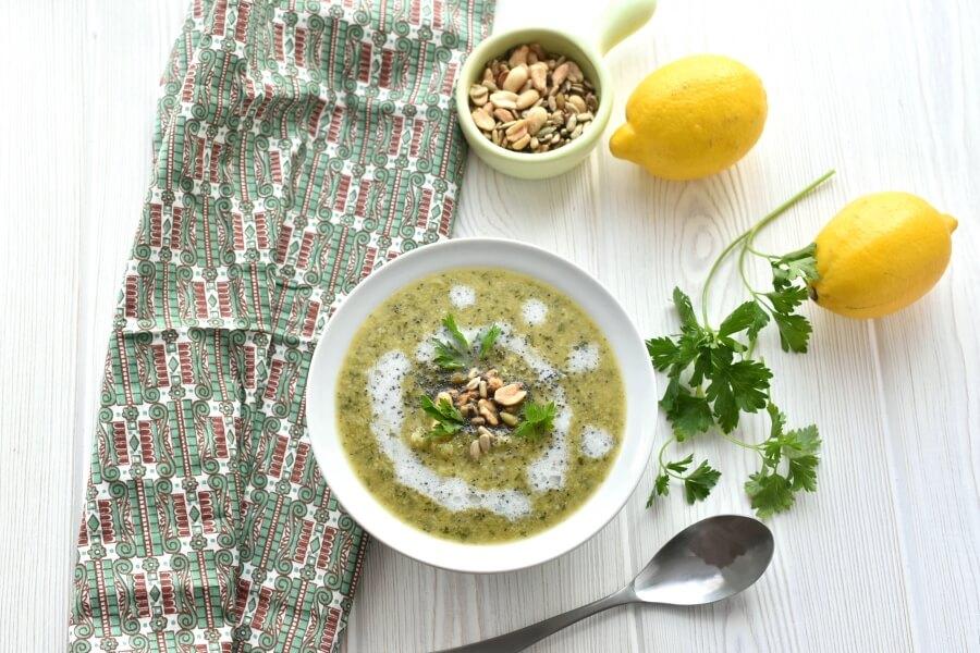 Broccoli Detox Soup Recipe-Homemade Broccoli Detox Soup-Delicious Broccoli Detox Soup