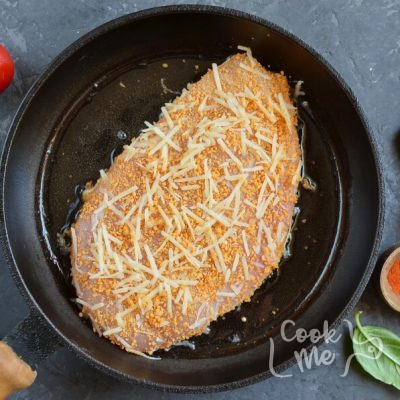 Chicken Parmesan Pizza recipe - step 5