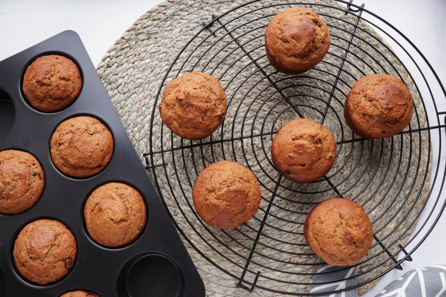 Cherry Gingerbread Muffins recipe - step 9