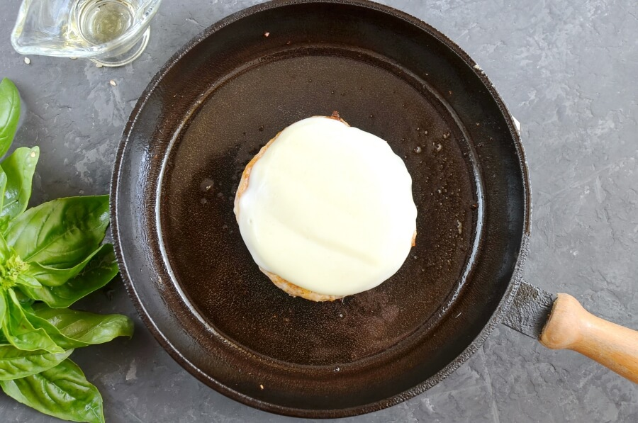 Chicken Parmesan Burgers recipe - step 5
