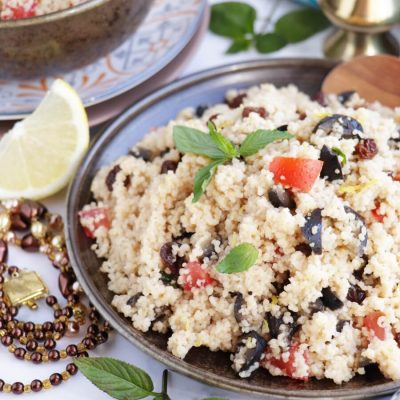 Couscous Salad with Olives and Raisins Recipe-Easy Moroccan Couscous Salad with Raisins-Delicious Couscous Salad with Raisins