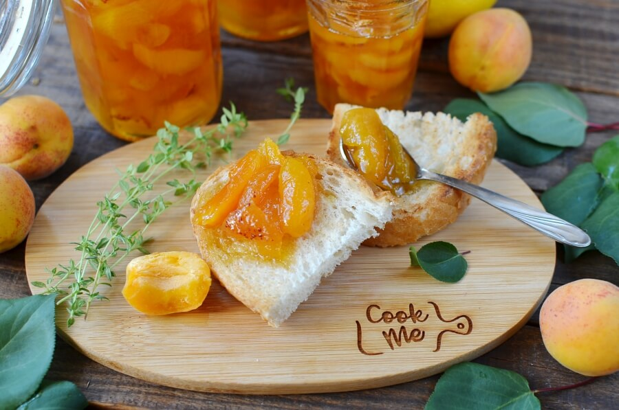 How to serve Dried Apricot Jam