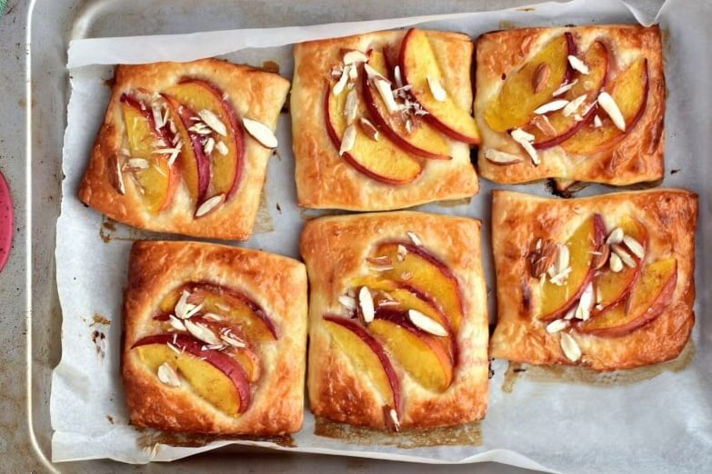 Easy Peach Tartlets recipe - step 6