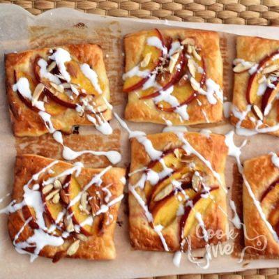 Easy Peach Tartlets recipe - step 7