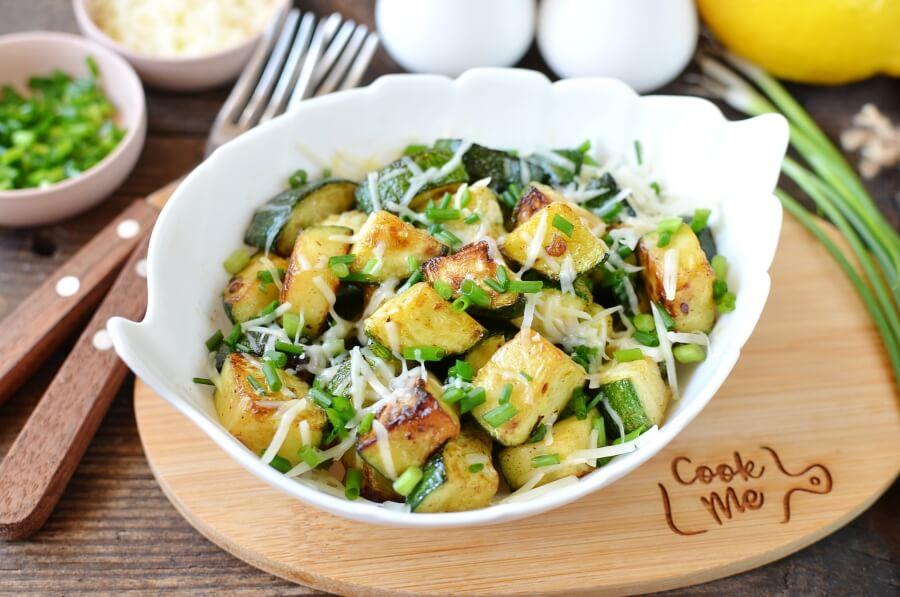 How to serve Garlic Butter Sautéed Zucchini