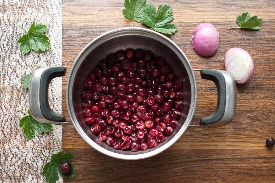 Gooseberry and Ginger Chutney recipe - step 1