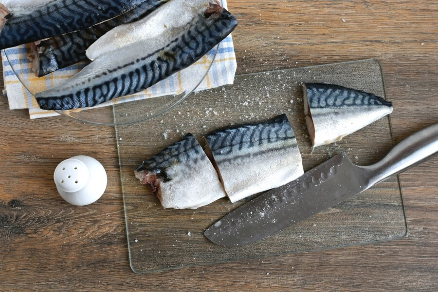 Grilled Mackerel with Pickled Gooseberry Ketchup recipe - step 3