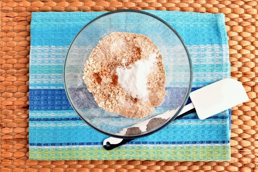 Healthy Raspberry Oatmeal Cookies recipe - step 1