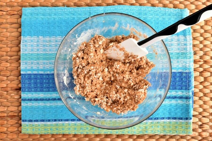 Healthy Raspberry Oatmeal Cookies recipe - step 4