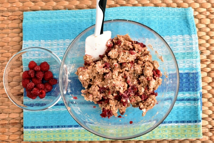 Healthy Raspberry Oatmeal Cookies recipe - step 5