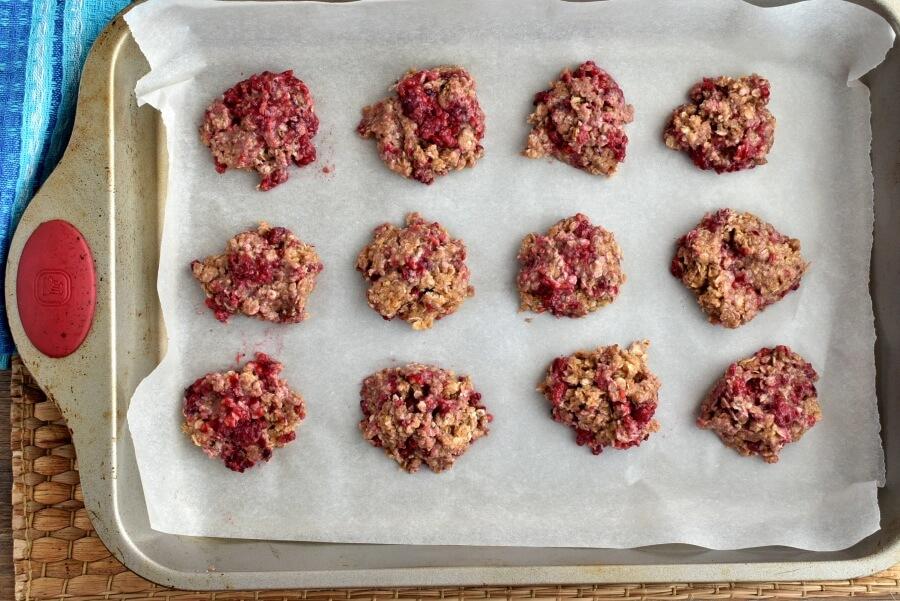Healthy Raspberry Oatmeal Cookies recipe - step 8
