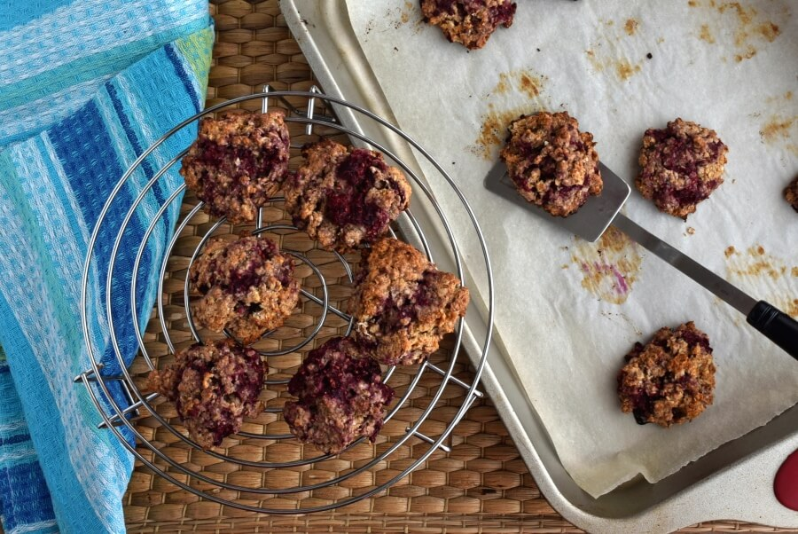 How to serve Healthy Raspberry Oatmeal Cookies