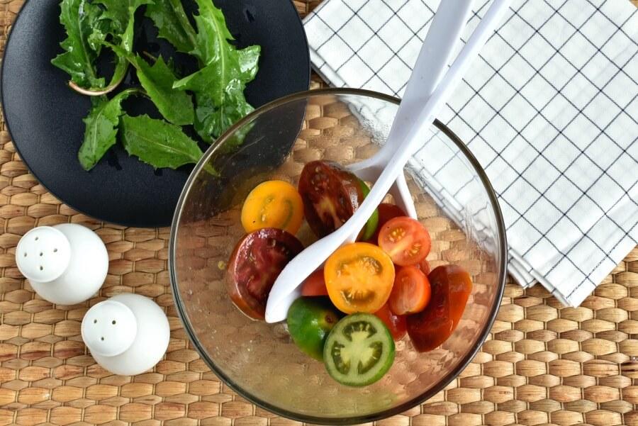 Keto Meatball and Tomato Salad recipe - step 6