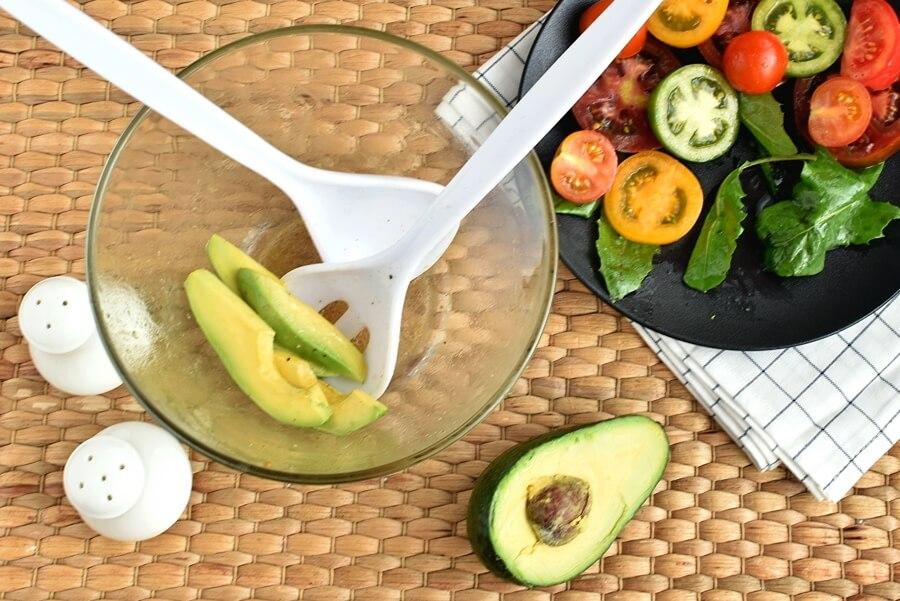 Keto Meatball and Tomato Salad recipe - step 7