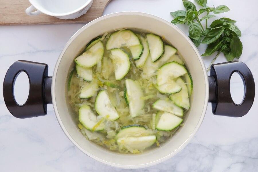 Minestrone Verde recipe - step 4